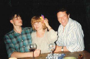 В гостях у сына Алексея. Мюнхен, 1992